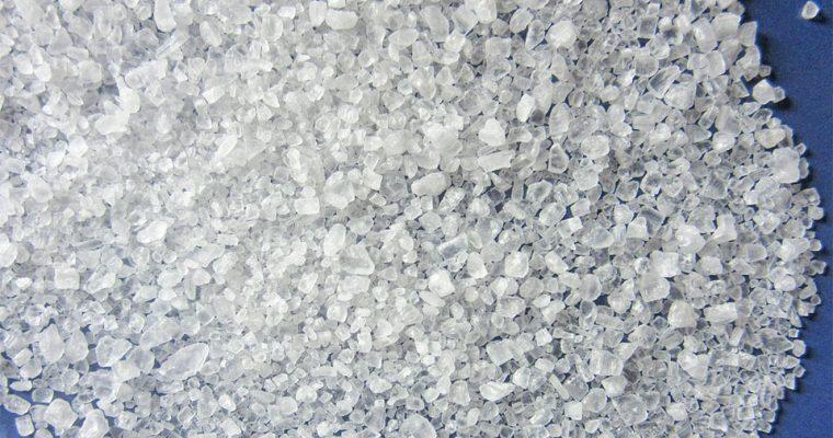 Salz – die Geheimwaffe bei Akne und Neurodermitis