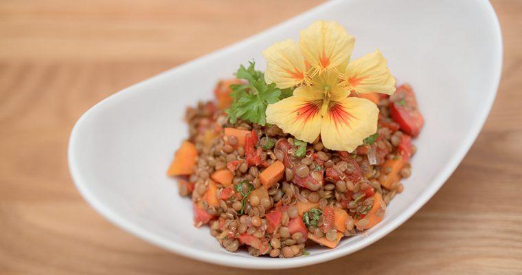 Lauwarmer Linsensalat – glutenfrei, vegan, vollwertig