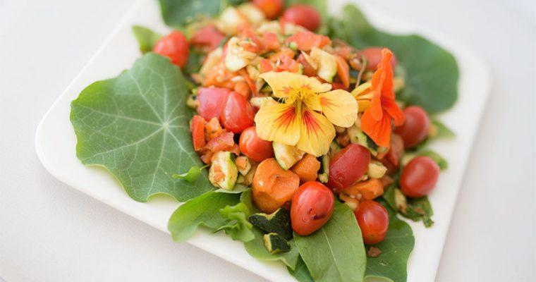 Kapuzinerkresse im Salat – darum ist sie so gesund
