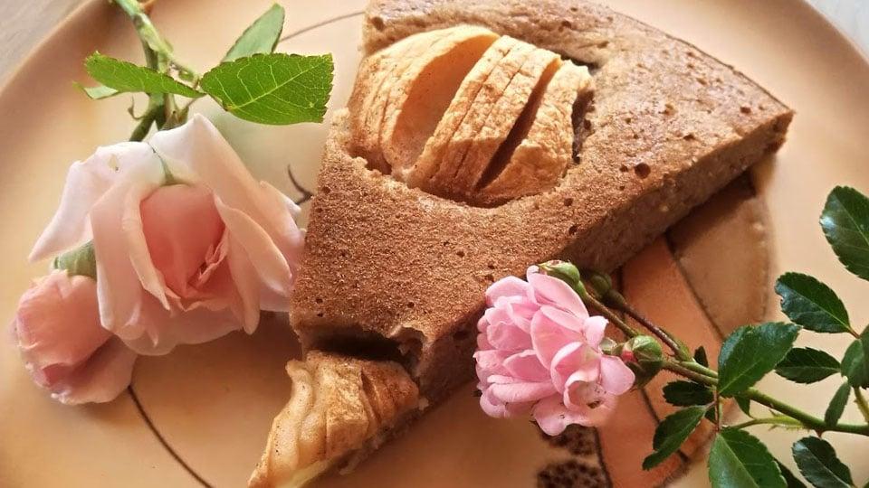 Glutenfreier Apfelkuchen ohne Zucker und vegan