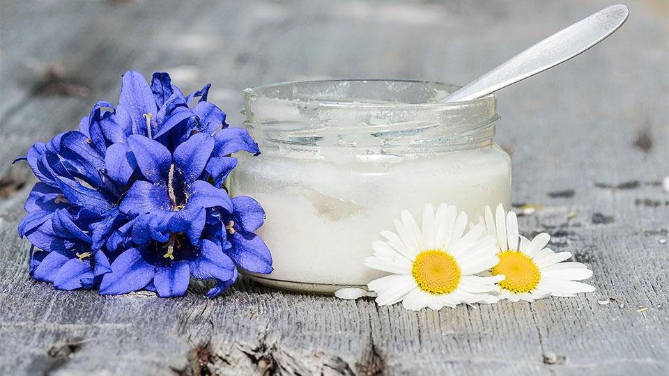 Ölziehen für bessere Mundhygiene – natürlich entgiften
