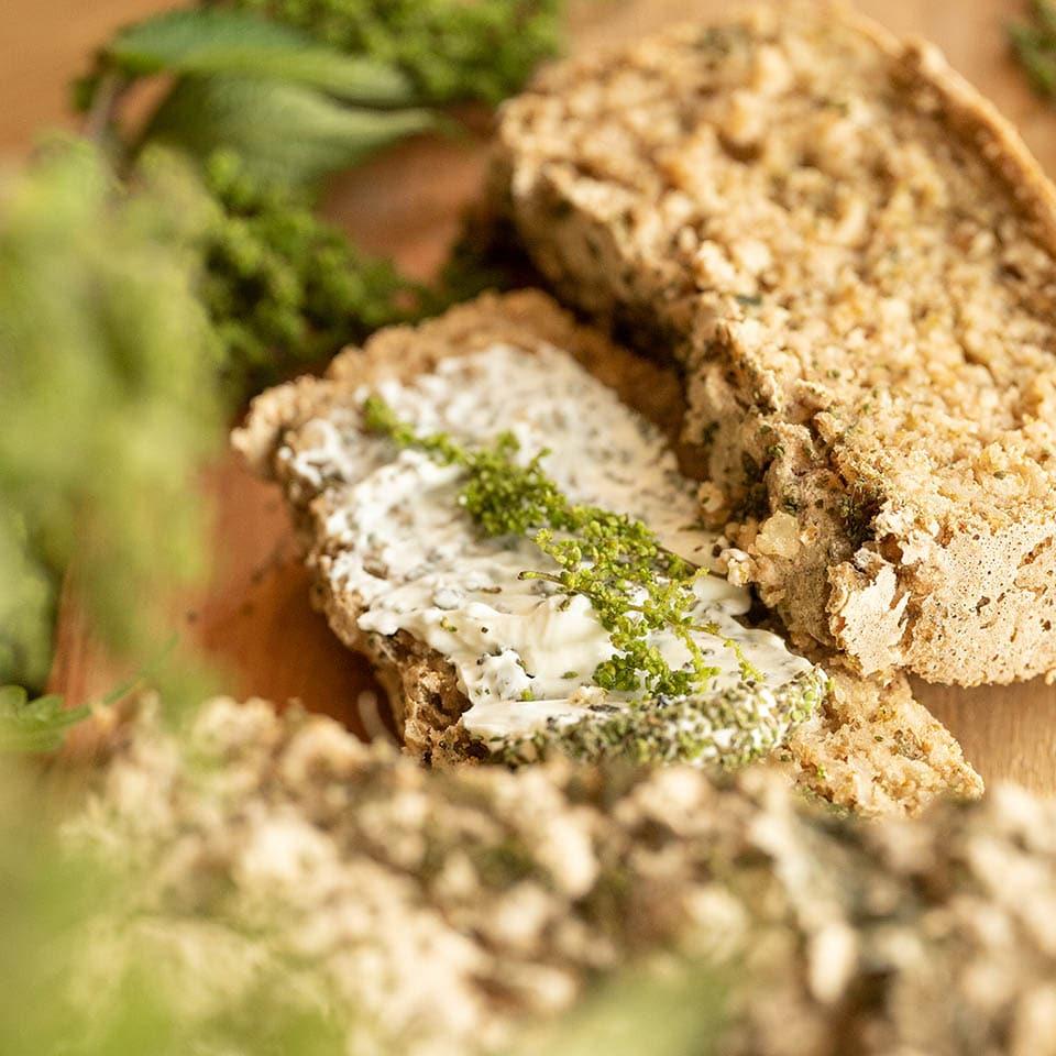 Rezept für ein glutenfreies Brennnessel Brot