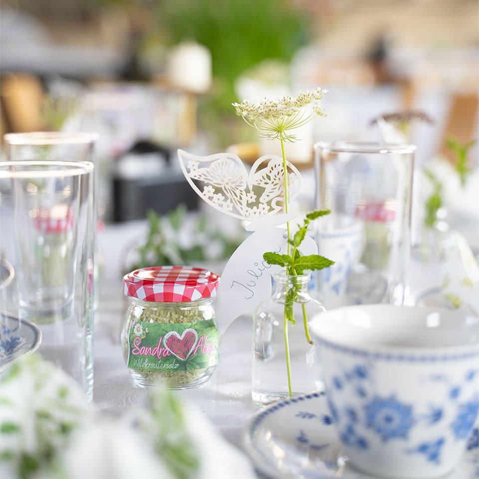 Hochzeitsdeko mit wilder Möhre