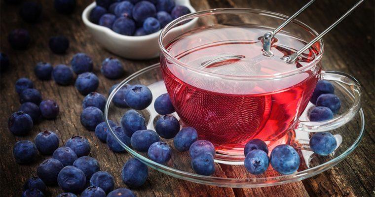 Warum Tee aus getrockneten Heidelbeeren so gesund ist