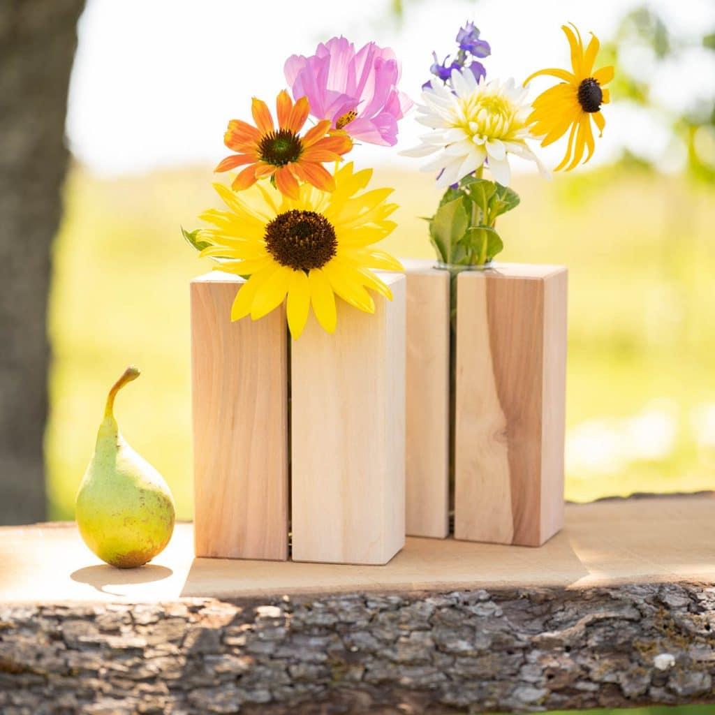 unsere hangemachten Holzvasen aus Birnenholz
