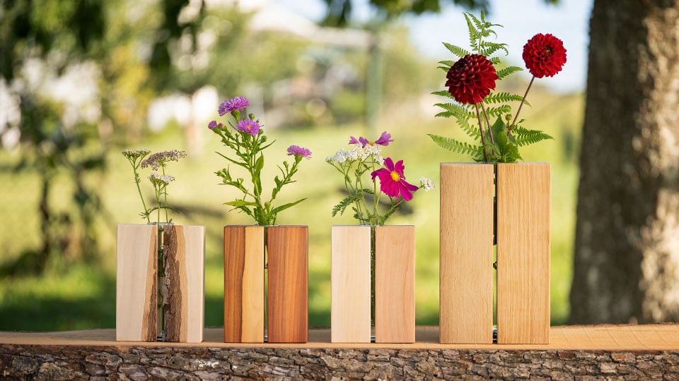 Unsere Holz - Geschichten: selbstgemachte Holzvasen