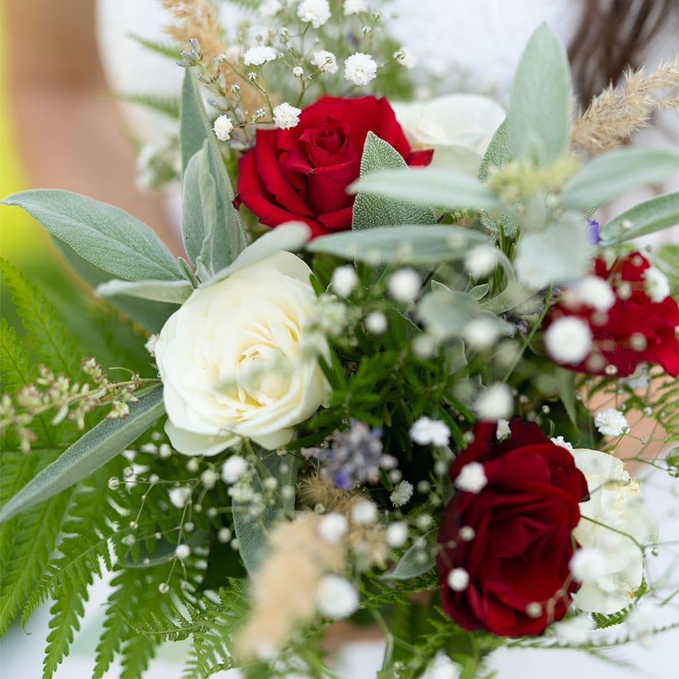 Brautstrauss mit Kräutern