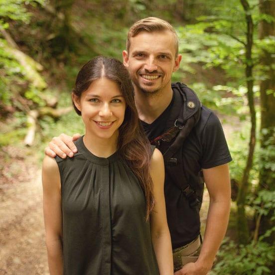 Wildkräuter sammeln mit Sandra und Alex von Kräuterkeller