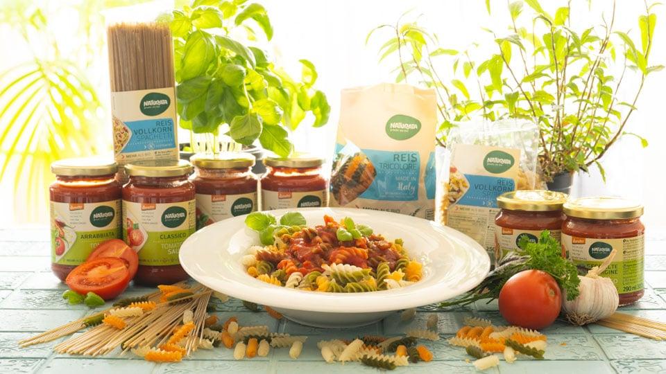 Das Nudeln und Tomatensossen - Sortiment von Naturata