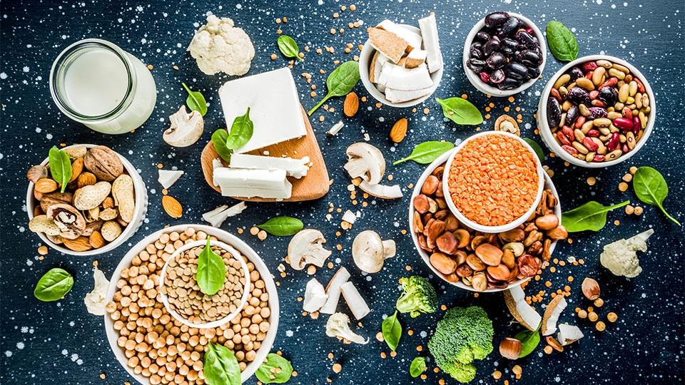 Pflanzliche Eiweißquellen – Vorteile gegenüber tierischem Protein