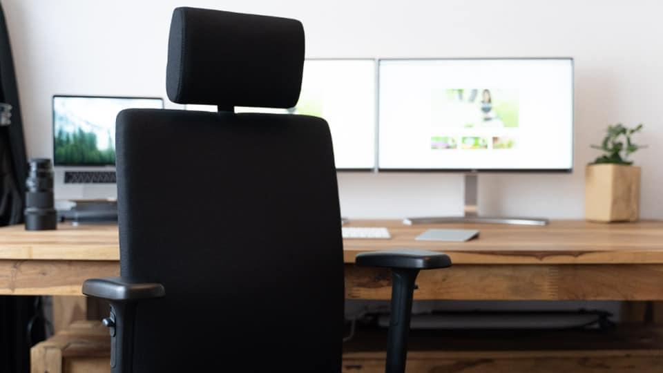 Rückenschmerzen im Home Office? Nicht bei uns!
