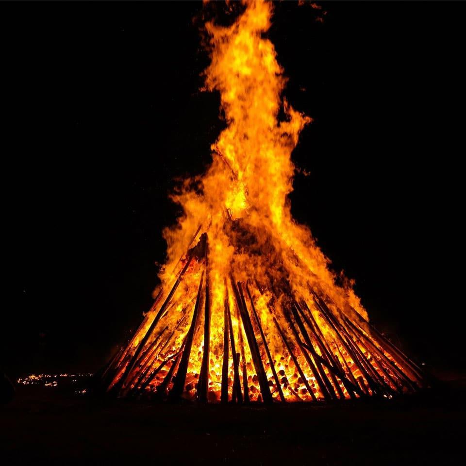 Feuer in der Walpurgisnacht